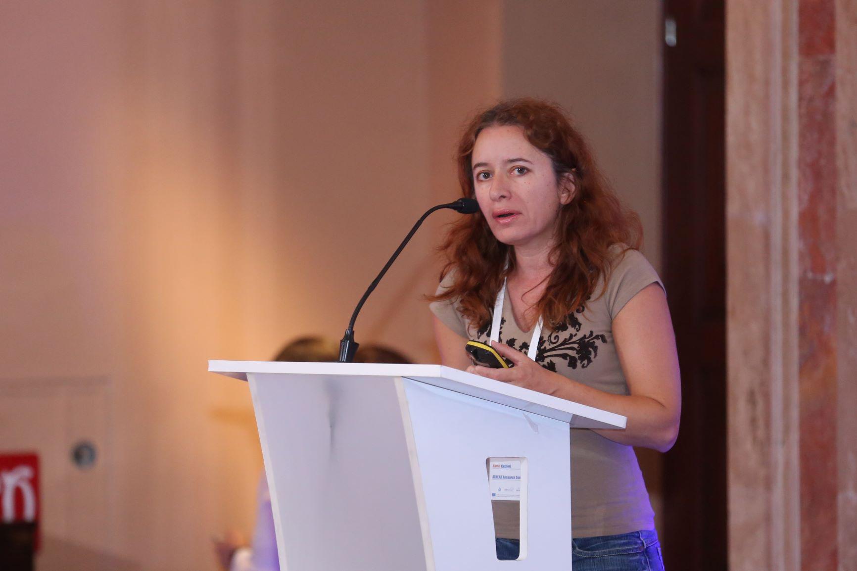 Акріві Катіфорі з Греції знайомить слухачів з технологією мобільного цифрового оповідання