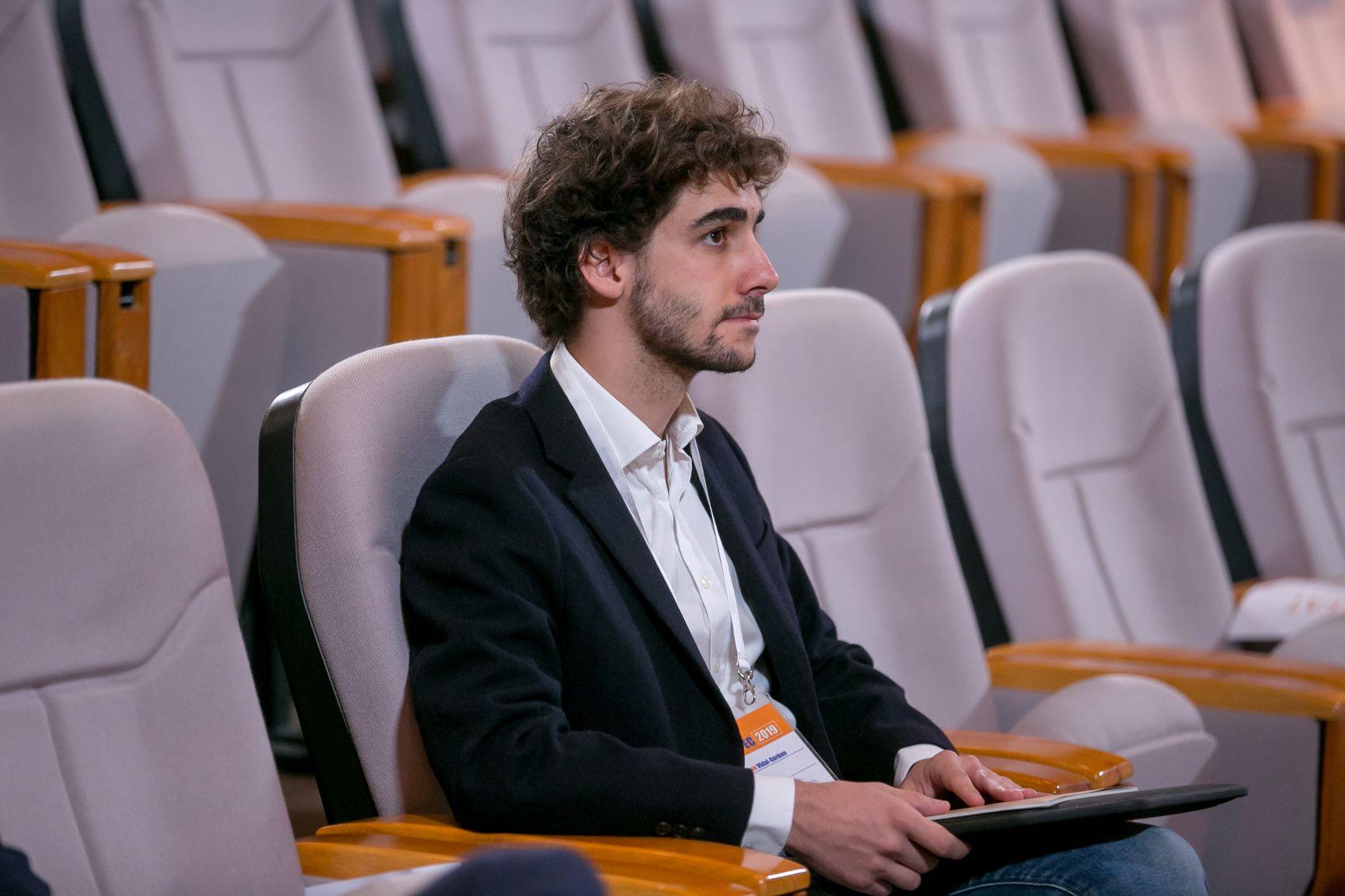 Чахан Відаль-Горен з Франції готується розповісти про використання штучного інтелекту для збереження культурної спадщини